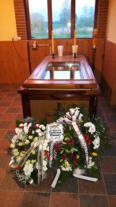 Ks Tadeusz Dunaj w kaplicy pogrzebowej